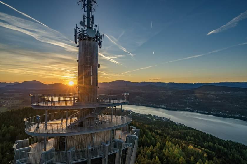 Traumhafte Kulissen am Wörthersee bei Sonnenuntergang © Kärnten Werbung/ Tine Steinthaler