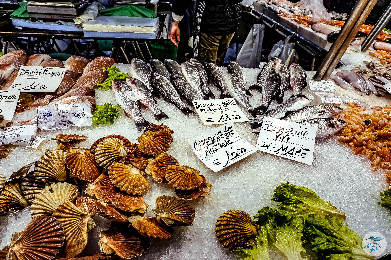 """Venedig: frische regionale Spezialitäten am """"Mercato di Rialto"""""""