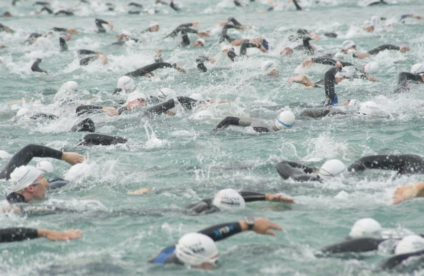 Ironman Austria: Start von 4.000 Schwimmerinnen und Schwimmern