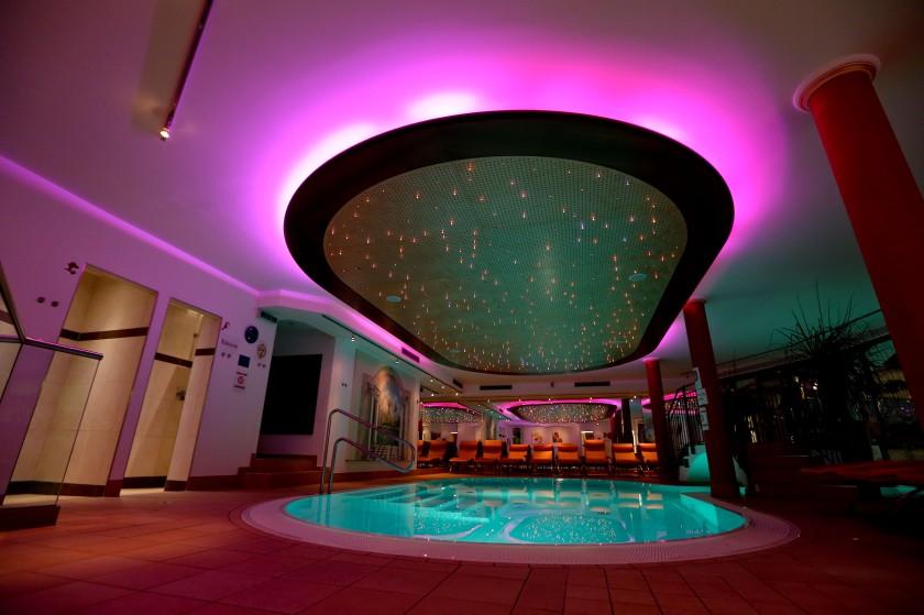 Umfassender Wellnessbereich (indoor)